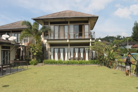 Villa Agung 2 Kamar Sharing Swimpool