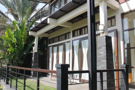 Villa Agung 6 Kamar Sharing swimpool