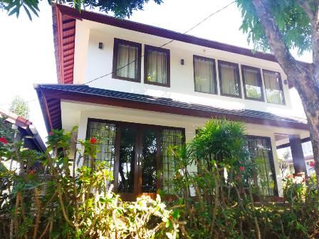 Villa Hening 3 Kamar