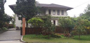 villa kawasan lembang