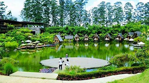 Tempat Wisata Terdekat Villa Kampung Daun Villa A 30