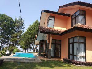 villa murah trinity