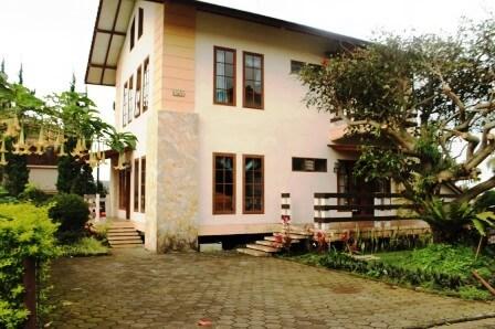 Villa Blok R 1 no 35 3 Kamar